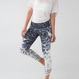 Lululemon High Times Pant Rare Special Edition Pretty Plume Angel Wing Size 4